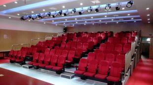 Sinema Salonu Yer Döşemesi